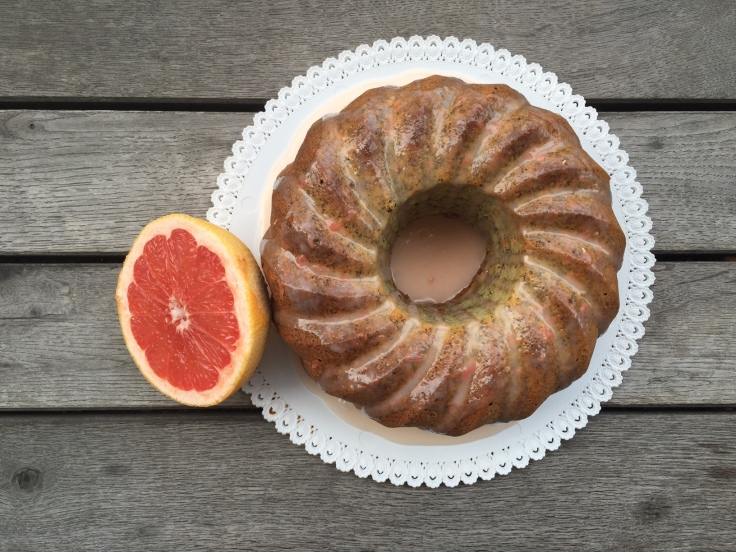 Grapefruit_PoppySeed_Cake_WithFruit.jpg