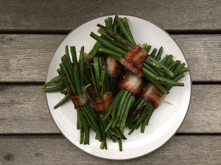 Prettaly_BaconWrappedGreenBeans.jpg